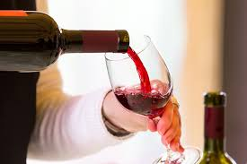 What Is The Ideal Temperature To Store And Serve Wine