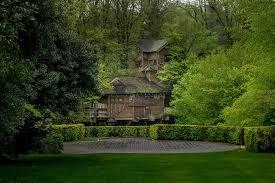 alnwick castle gardens harry potter