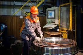 Характеристика предприятия В 2012 году на ЕВРАЗ НТМК было произведено более 4 8 млн тонн чугуна более 4 3 млн тонн стали порядка 3 млн тонн металлопроката