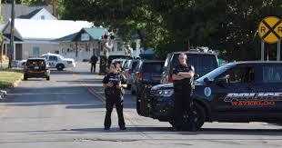 Waterloo Shooting 2 Dead One Injured Suspect In Custody