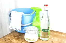 cleaning shower with vinegar shower cleaning baking soda in combination with the vinegar cleaning shower head