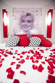 Marilyn Monroe Bedroom Curtains 17 Best Images About Marilyn Monroe On Pinterest Vinyls Canvas