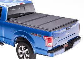 Encore Hard Tri-Folding Truck Bed Cover | Extang
