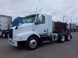 2018 volvo day cab. plain 2018 2018 volvo vnm420 conventional  day cab indianapolis in 121760866  commercialtrucktradercom to volvo day cab v