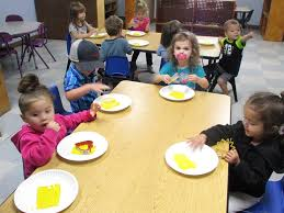 preschool lunch table. First Steps Early Learning \u0026 Day Care\u0027s Preschool Lunch Table P