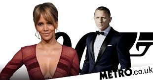 Halle Berry Is Up For Doing A James Bond Movie Again Metro News