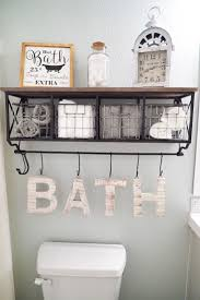 wall decor ideas for bathroom