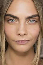 ef58eade216a53929db48c7cdc4db3fb cara delevingne the eyebrow dess 8c88ccc684e00e1a64e917f5d826beba