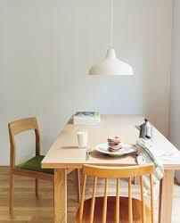 穏やかな時間が流れ静謐な朝の空気を感じる食卓 Fevecasaフェブカーサ