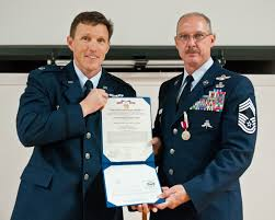 Kentucky Air Guard special tactics chief retires with honors