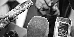 Komunikasi yang berlangsung antara individu dengan individu dianggap sebagai komunikasi secara tatap muka (face to face). Jelaskan Apakah Yang Membedakan Antara Kehidupan Kelompok Dan Kehidupan Komunitas Jelaskan Apakah Yang Membedakan Antara Kehidupan Ikut Memberikan Suara Dalam Pemilu Bagi Yang Sudah Terdaftar Dalam Calon Pemilih Decorados De Unas