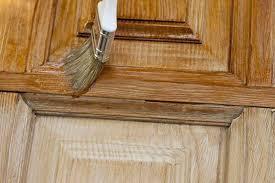 Específicos para acabamento na madeira, tem grande poder de penetração entre as fibras, protegendo a superfície contra umidade e fungos. Blog Stain Impregnante Para Que Serve E Como Aplicar Kaury