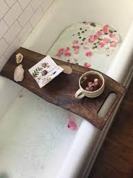 i made a bathtub caddy