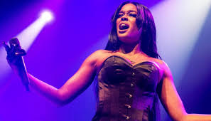 Azealia Banks films herself digging up dead pet cat and cooking it in  horrifying Instagram video