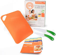 Amazon.com: MasterChef Junior Knife and Cutting Board Set - Includes Real  Cutting Tools for Kids and 15 Recipes: Toys & Games