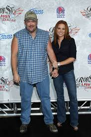 larry the cable guy wife. Fine Guy I Was Watching The New Special On Netflix And He Made A Joke About His Wife  So Naturally Googled It She Is QUITE Hot Guess Itu0027s True What They Say  Inside Larry The Cable Guy Wife Imgur