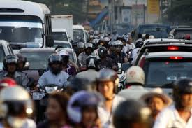badly congested phnom penh battles traffic jams the  rush hour traffic on phnom penh s increasingly congested roads