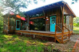 Reclaimed Materials Give This Cabin The Rich Patina Of Age Has One Bedroom  Log Cabins For Sale La By Space