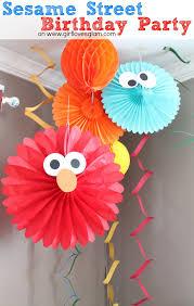 DIY Sesame Street Birthday Party Decorations on www.girllovesglam.com # birthday #decor