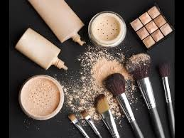 reading list how to pack your makeup kit like a pro trend spotting with cool hunting and more