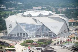 Hok's design reimagines what a stadium can be, creating a building that looks and functions like no other and that transforms the experience. Super Bowl 53 Mercedes Benz Stadium S 7 Wildest Features Sbnation Com