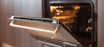 clean between oven glass panels