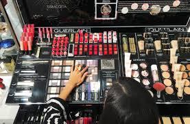 ping neiman mar sazan tom beauty ford makeup sites winner encouragement kit unp face maybelline block