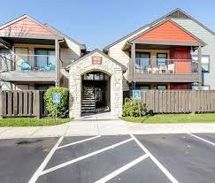 Image Of The Township Apartment Homes I U0026 II In Kansas City, MO