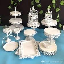 White And Gold Cake Stand White Wedding Cake White And Gold Wedding