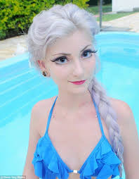 andressa damiani 23 achieves the same features as a doll by wearing contact lenses