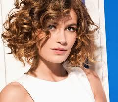 Coiffure Femme Cheveux Mi Long Boucle Cheveux Naturels 2019