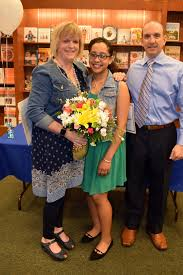 chesapeake teacher holli floyd recognized at barnes noble s my  chesapeake teacher holli floyd recognized at barnes noble s my favorite teacher essay contest