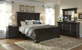 Pulaski Bedroom Furniture Caldwell Panel Bedroom Set In Dark Wood