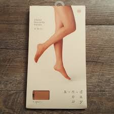 Pecan Size Chart 1nwt Pair Of Sheer Hosiery Nwt