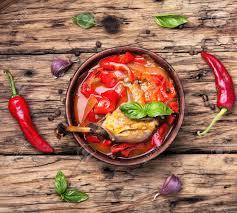 Lovely Lecso Gericht Der Ungarischen Küche Mit Pfeffer Und Fleisch.Ungarische Küche  Standard Bild
