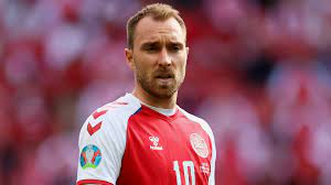 يورو 2020: أبطال شاركوا في إنقاذ كريستيان إريكسين لاعب الدنمارك في مباراة  فريقه أمام فنلندا - BBC News عربي
