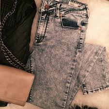 Bullhead High Rise Skinny Jeans Labeled As A Size 3 Old