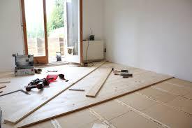 Die erste schicht im aufbau der fußbodenheizung ist eine dämmung. Fussbodensanierung Im Altbau Unterkonstruktion Fur Dielenboden