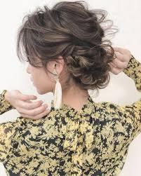 シニヨン極めて簡単ヘアアレンジの達人にイラストで覚えるまとめ髪の