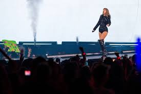 Taylor Swifts Bombastic Concert At At T Stadium Included