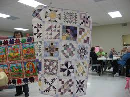 Houston, donation quilts, mystery quilts and other stuff – Always ... & I've been working on my guild mystery quilt too. I finally finished up all  those HST's. Almost 400 in all! UGH!! I do not like squaring up HST's!!! Adamdwight.com