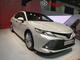 2018 Toyota Camry Hybrid at the Dubai International Motor Show ...