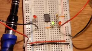Light Sensor Using Ic 741 Led Used As Light Sensor For 741 Op Amp Inverting Comparator Demonstration Circuit By Electronzap