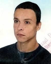 20 stycznia br. zaginął 34-letni Tomasz Czarnota z Poniatowej. Ubrany był w szarą kurtkę, ... - 2vxljc4