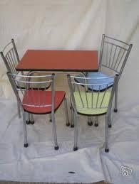 table et 4 chaises formica a 70 enfant couleur 110 ameublement loire leboncoin fr
