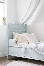 Blue and White Girls Bedroom Makeover - Tidbits