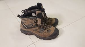 a couple of hours reading brought up some results so let s dive in and try to figure out why do hiking boots squeak