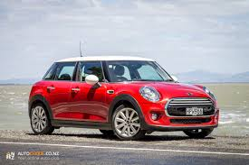 2014 MINI Cooper 5 Door - Car Review - A MINI for the whole family ...