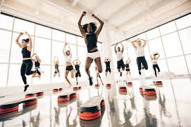 les mills grit cardio takes hiit and bines it with powerful and inspirational coaches who will be down on the floor with you motivating you to go