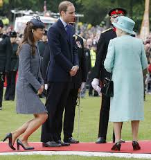 Following several years of intense speculation from the british media about the couple's marriage plans—during which time kate was dubbed waity katie—it was announced in november 2010 that the two had become engaged. Who Does Kate Middleton Have To Curtsy To Royal Family Etiquette Rules The Duchess Must Always Follow